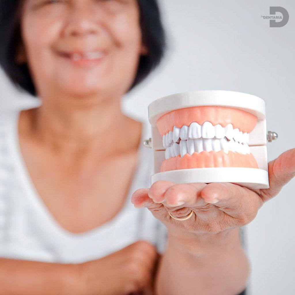 Evitar la Rotura de la Prótesis Dental.jpg
